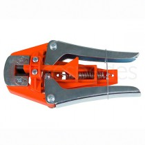 Grafting machine for grafts in thick vines.